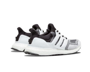 Sneakersnstuff x Adidas Ultra Boost Tee Time Schwarz/Weiß AF5756